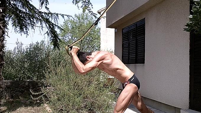 Triceps TRX.jpg